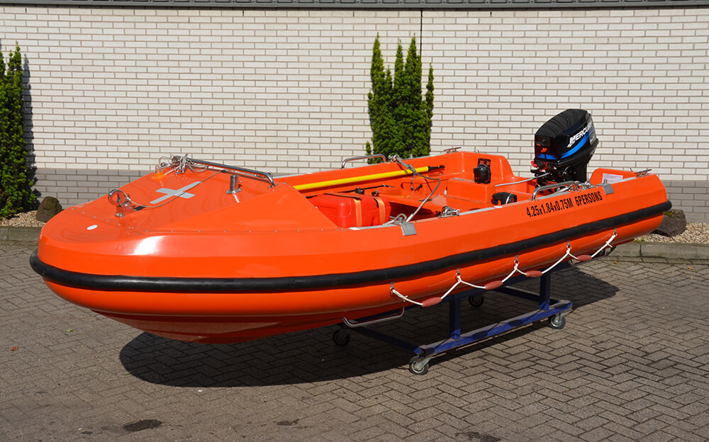 Rescue boats service and repair